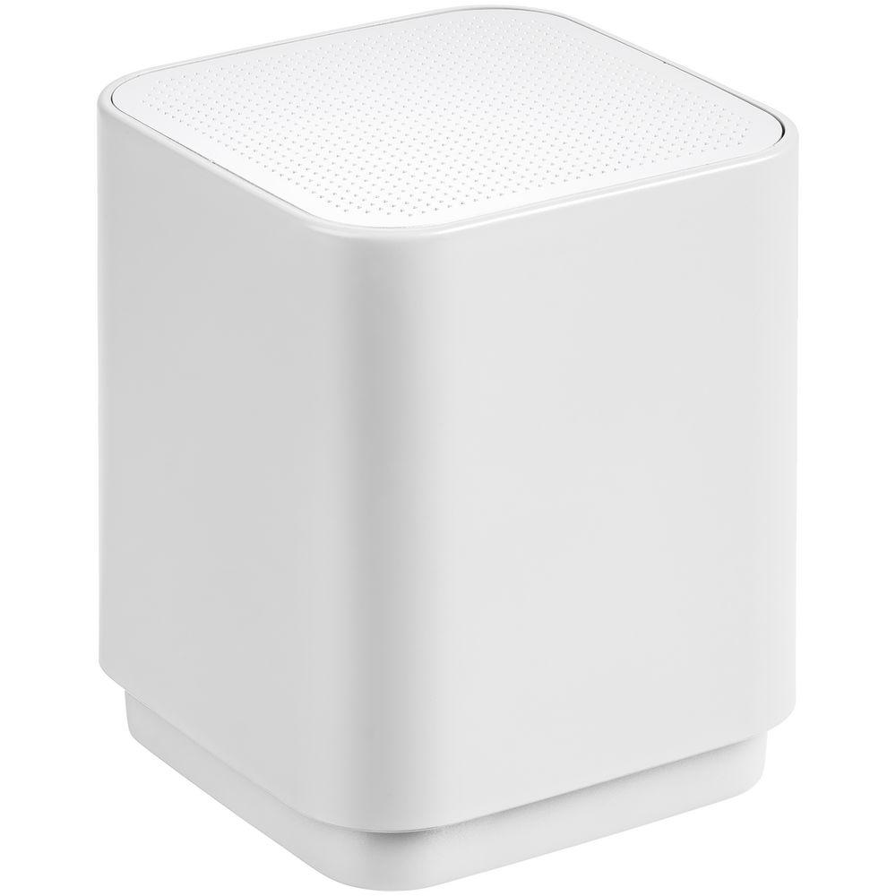Фото - Беспроводная колонка с подсветкой логотипа Glim, белая фигурка декоративная lefard олени 26 10 5 24 см с подсветкой