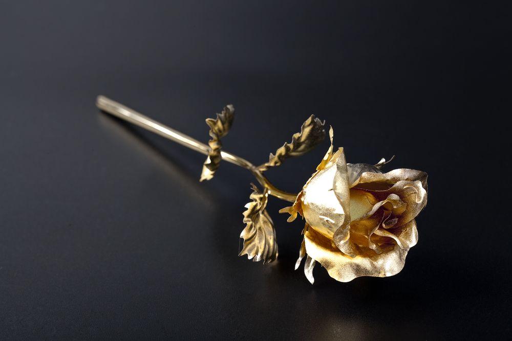 Фото - Сувенир «Золотая роза» сувенир