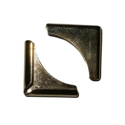Фото - Уголок 15 мм Square Quarter Moon, 3.2 мм (золото) гриф гантельный кмс d 30 мм обрезиненная ручка замок гайка кетлера l370 мм