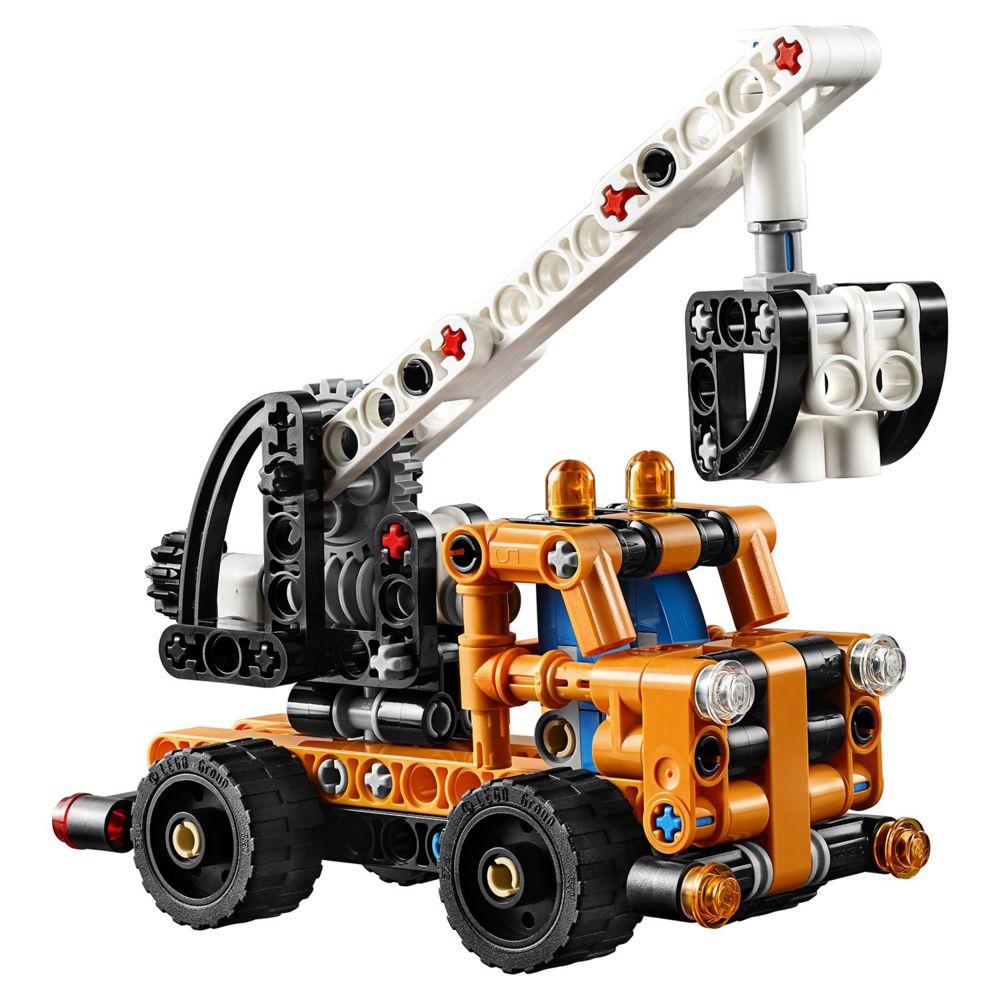 Конструктор «LEGO Technic. Ремонтный автокран»
