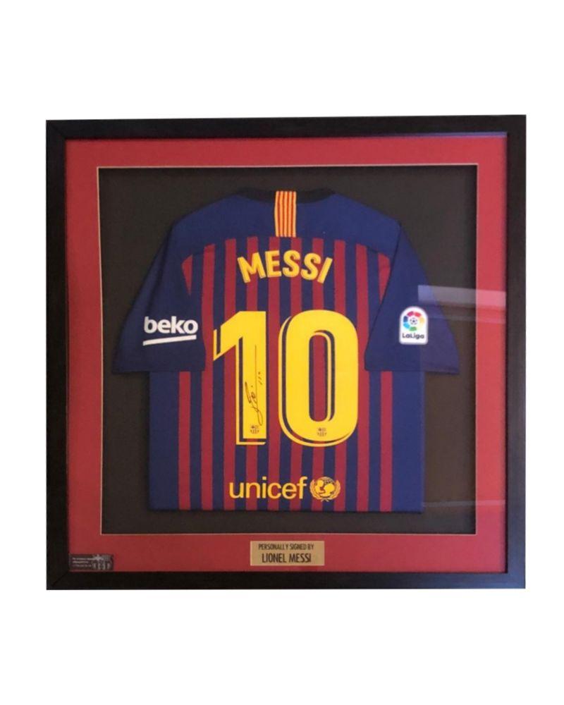 Футболка ФК «Барселона» с автографом Лионеля Месси фото с автографом мика джаггера