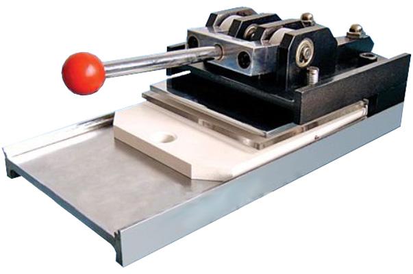 Вырубщик для значков Multisheets Cutter d-25/37/56/75мм цена и фото